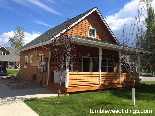 bungalow-exterior